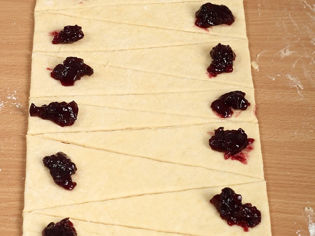 croissant-marmellata