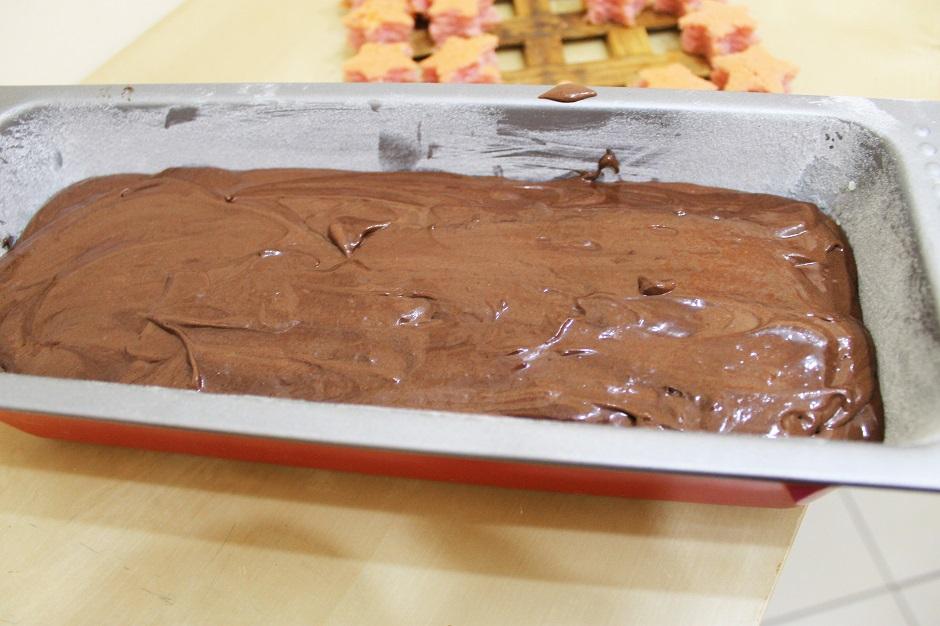 plumcake-cioccolato-con-sorpresa 3.