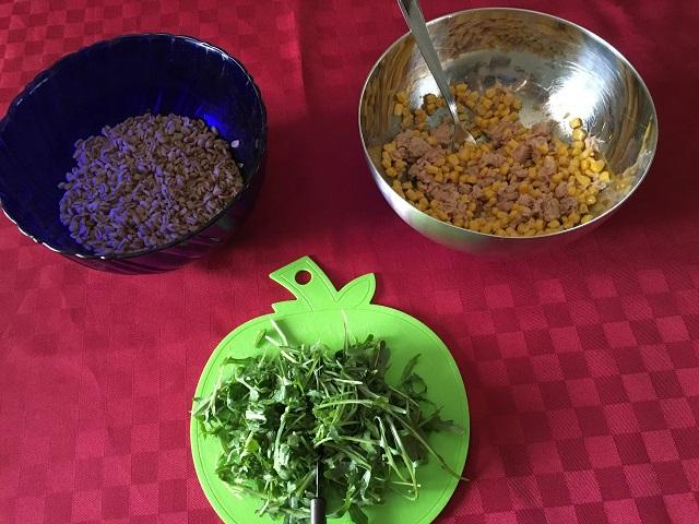 praparazione-insalata-di-farro