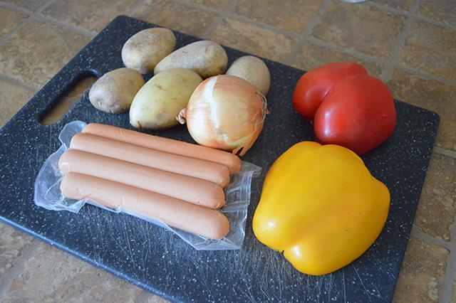 Wurstel peperoni e patate 1