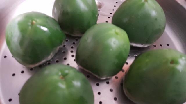 preparazione-pomodori-e-peperoni-ripieni-al-forno (2)