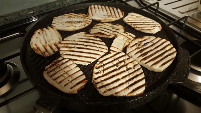 preparazione-melanzane-grigliate (1)