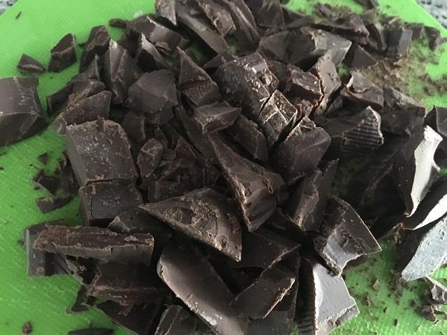 preparazione-mousse-al-cioccolato-fondente (2)