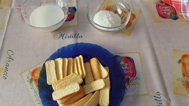 preparazione-pavesini-cocco-nutella-e-mascarpone (1)