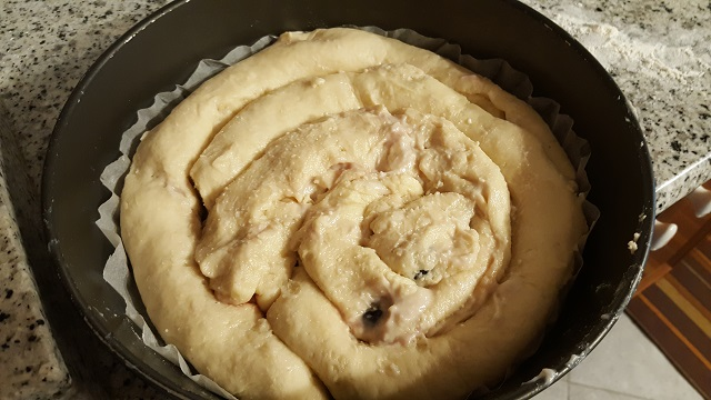 preparazione-torta-di-amarene-alla-russa-11