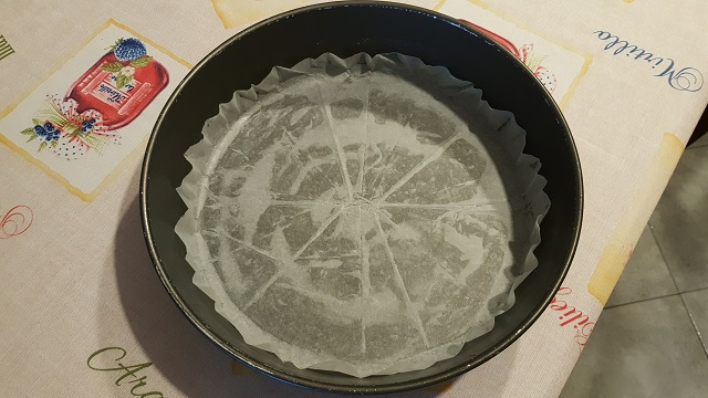 preparazione-torta-di-amarene-alla-russa-6