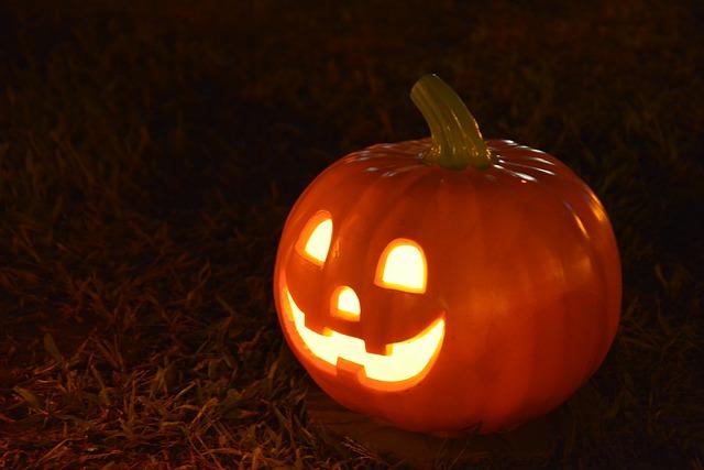 come-intagliare-la-zucca-di-halloween-5