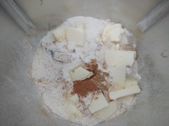 preparazione-biscotti-allo-zenzero-2