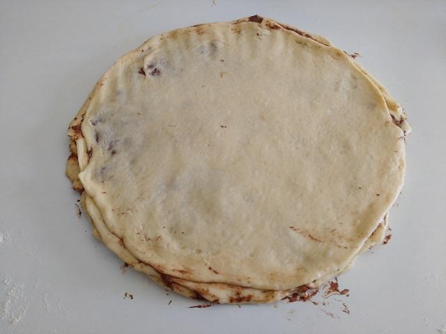 preparazione fiore di pan brioche alla nutella 12