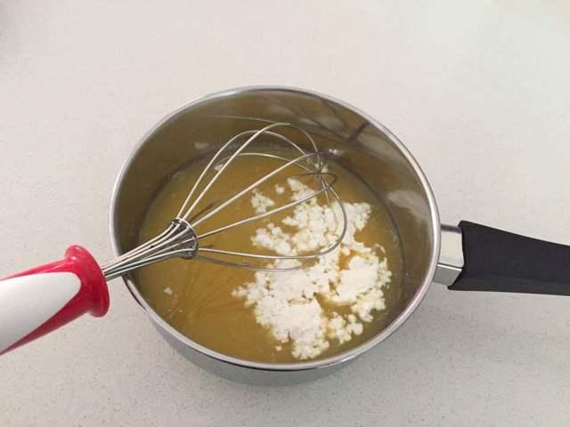 preparazione cheesecake al limone