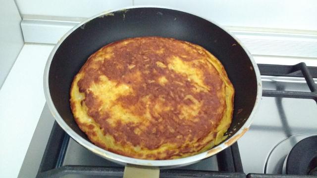 Preparazione frittata di cipolle 8